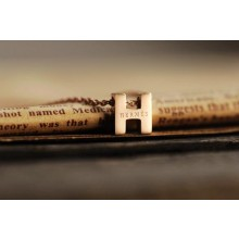 "Hermes ""H"" letter cham with O chain necklace, 18k pink gold"