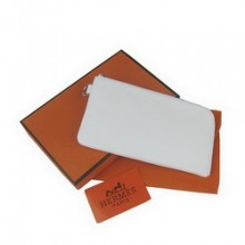 Hermes White Zip Around Wallet Cow Leather H010
