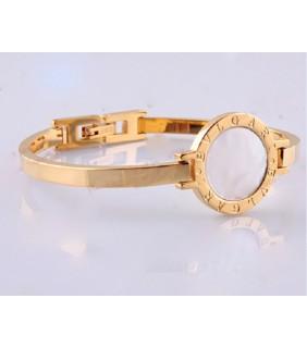 Bvlgari Bvlgari Bangle Bracelet in 18kt Yellow Gold with Mother of Pearl