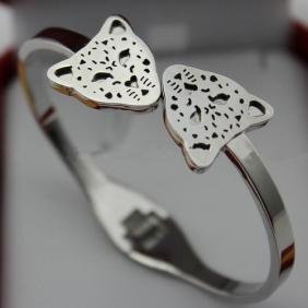Fake Cartier bracelet Panthere white gold