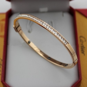 Fake Cartier pink gold bracelet set with diamonds jewelry