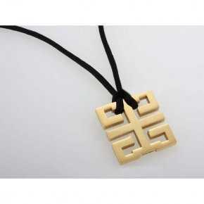 Cartier Le Baiser du Dragon Charm Yellow Gold Necklace