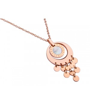 Bvlgari Pendant with a Chain in 18kt Pink Gold with Mother of Pearl