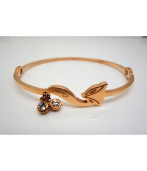 Designer Cartier Fox Bracelet in 18kt Pink Gold with Double Diamonds