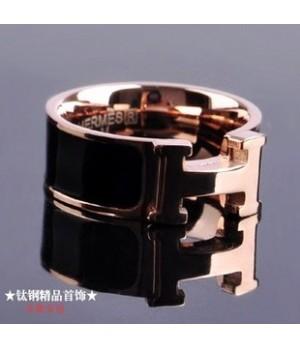Hermes LOGO Ring, Black Enamel with 14K Rose Gold