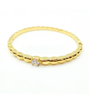Van Cleef & Arpels Perlee Solitaire Bracelet in Yellow Gold