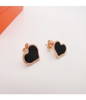 Van Cleef & Arpels Sweet Alhambra Heart mini Earstuds Earrings, Pink Gold with Black Onyx