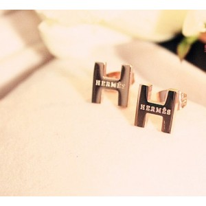 """Classic Hermes """"H"""" LOGO Earring With Pink Gold"""