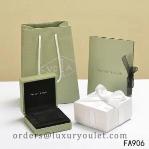 Original Van Cleef & Arpels Necklace Box